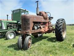 Farmall 400 Narrow Front 2WD Tractor