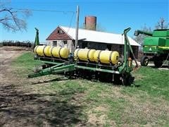 1998 John Deere 1750 8 Row Max Emerge Plus Planter