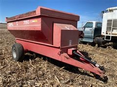 Gehl F7190 Feeder Wagon