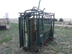 Top Hand Livestock Manual Squeeze Chute
