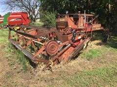 Versatile 400 Self-Propelled Swather