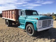 1970 Ford F-600 Grain Truck