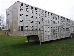 1986 Chamberlain TL T/A Aluminum Cattle Pot Livestock Trailer