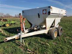 Willmar 500 T/A Dry Fertilizer Spreader