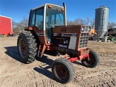1976 International 1086 2WD Tractor