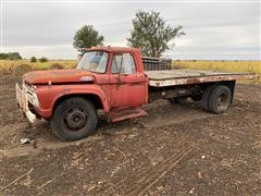 1966 Ford F600 S/A Flatbed Truck