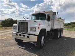 1987 Mack R688ST T/A Dump Truck