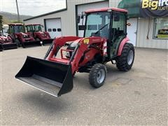 2016 Mahindra 1538 4WD Compact Utility Tractor W/Loader