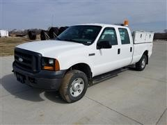 2006 Ford F250 XL Super Duty Crew Cab 4X4 Long Bed Pickup