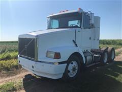 1993 White/Volvo Aero WCA T/A Truck Tractor