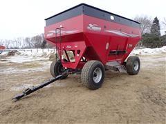 2004 Demco 650 Gravity Wagon
