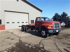 1997 Ford F700 Cab & Chassis Truck