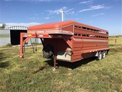 1999 Donahue SS-720-4N T/A Gooseneck Livestock Trailer