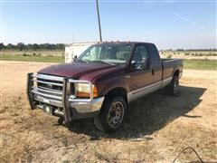 2000 Ford F250 Super Duty 4X4 Pickup For Parts