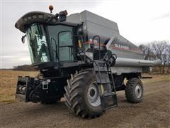 2003 Gleaner R65 Combine W/Mud Hog System