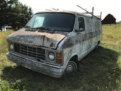 1985 Dodge RAM 1500 2WD Van W/electrical Parts (INOPERABLE)