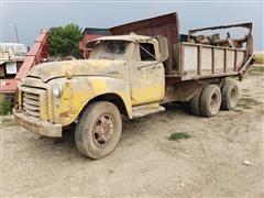 1953 GMC W454 30 T/A Manure Spreader Truck