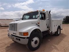 1993 International 4700 Utility Box Truck