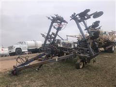 Blu-Jet Convertible 32 1/2' 13-shank pull type anhydrous ammonia applicator