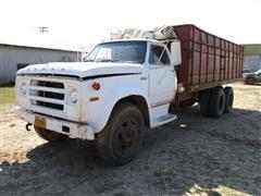1974 Dodge D600 T/A Grain Truck