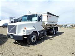 1996 Volvo Conventional WG T/A Dry Fertilizer Tender Truck