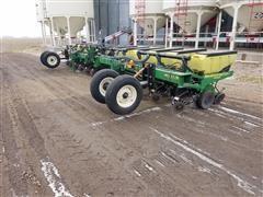 1998 John Deere 1710 12R30 Planter