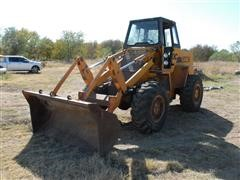 Case W20C Wheel Loader