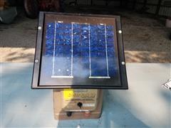 Parmak Solar Pak 12 Fence Charger