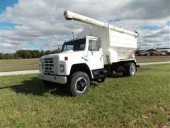 1986 International S1700 (1754) Feed Truck