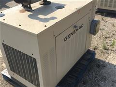 1998 Generac 00753-4 25KW Generator