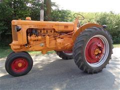1953 Minneapolis-Moline UB Antique 2WD Tractor