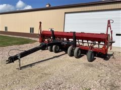 Case IH 5400 Soybean Special 3-Pt No-Till Grain Drill & Yetter Dolly