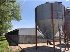 Used Feed Storage/Bulk Bins