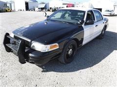 2007 Ford Crown Victoria 4-Door Police Car