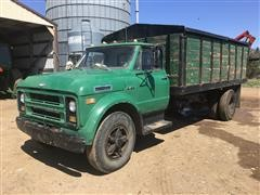 1971 Chevrolet C/60 S/A Grain Truck W/Hydraulic Seed Auger