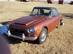 1970 Datsun 1600 Car