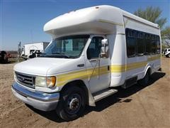 2003 Ford Econoline E350 Cutaway Passenger Bus