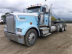 1998 Kenworth W900L Tri/A Truck Tractor