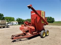 Farmhand F85-A Grinder/Mixer