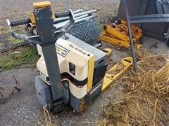 Caterpillar NPP40 Electric Pallet Jack
