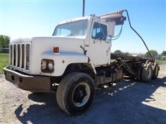 1988 International F2654 T/A Roll Off Truck w/Winch