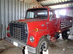 1974 Ford LN700 Grain Truck