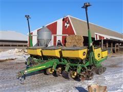 2006 John Deere 1750 Corn Planter