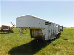 1989 Stidham Cattlemans Special Gooseneck T/A Livestock Trailer