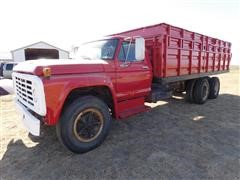 1975 Ford F703 T/A Truck