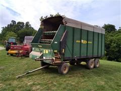 Badger BN1050 T/A Forage Wagon