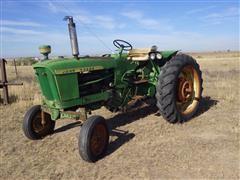 1962 John Deere 2010 2WD Tractor