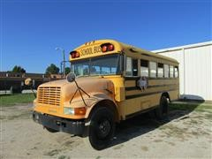 1992 International 3800 35 Passenger School Bus