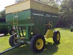 1994 Demco GF250 Grain Wagon