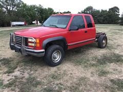 1999 GMC 2500 4x4 Extended Cab & Chassis
